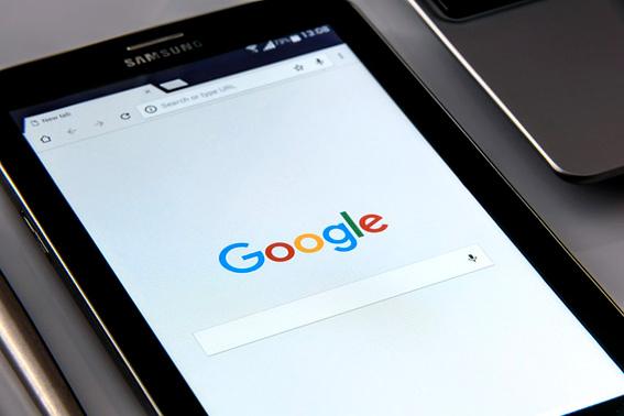 libro-desnudando-a-google 1