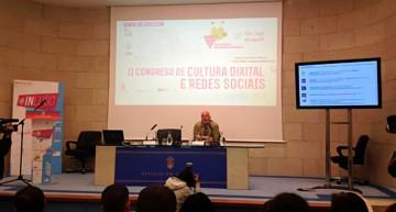 """Ramón Lobo: """"El momento del periodismo es muy malo, pero si incluimos digital es esperanza"""""""