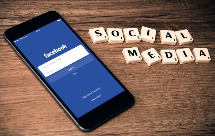 Social media manager y community manager, ¿cómo diferenciarlos?
