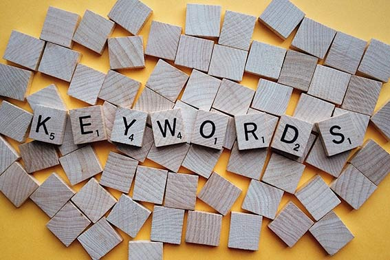 practicas seo posicionar blog busqueda palabras clave